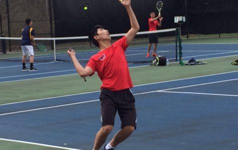 Men's tennis continues a strong season